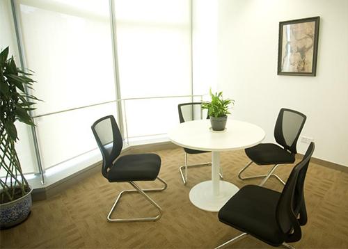 防弹玻璃应用于洽谈室