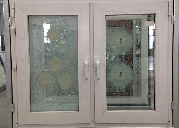 防弹屏蔽玻璃